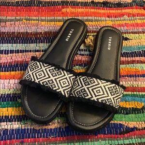 Torrid Black Tribal Woven Slides size 11